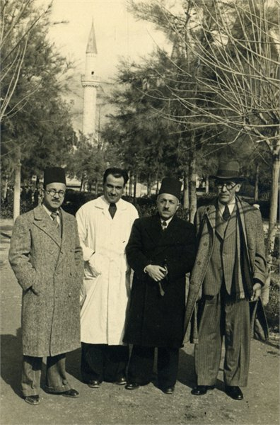 ביקור בסוריה בשנת 1943, וילקנסקי ראשון מימין